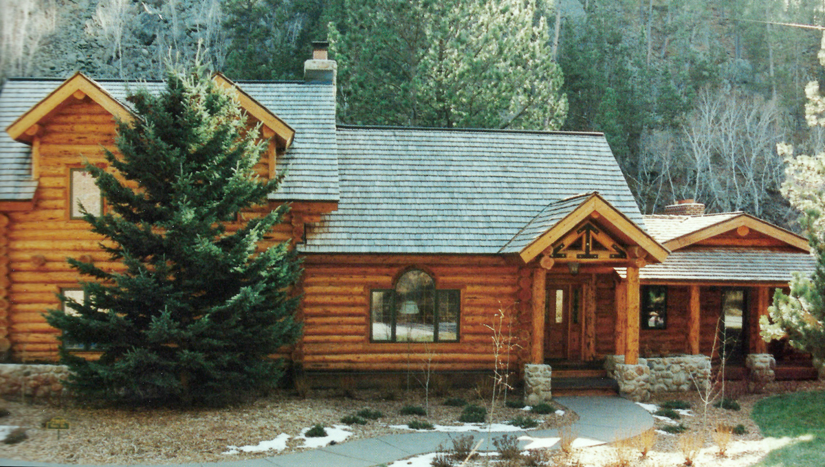 Exterior Work Handcrafted Log Homes